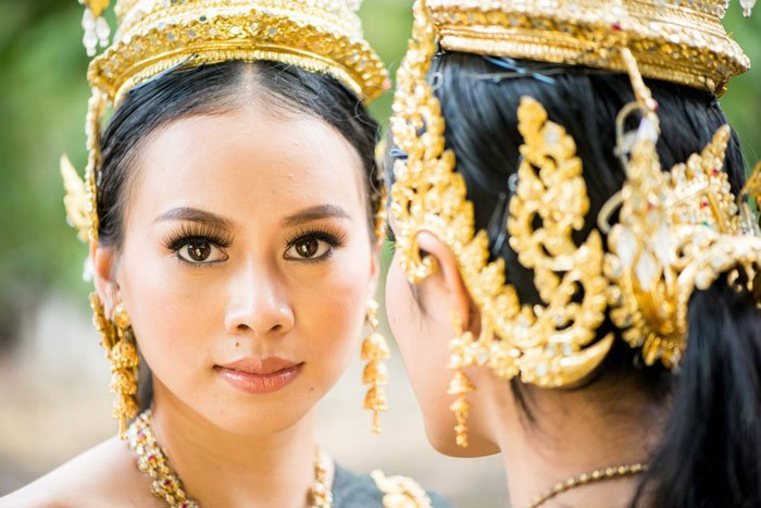 Two Thai models in traditional clothing qualities of a good photograph